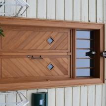 Von uns gefertigte und montierte Türen